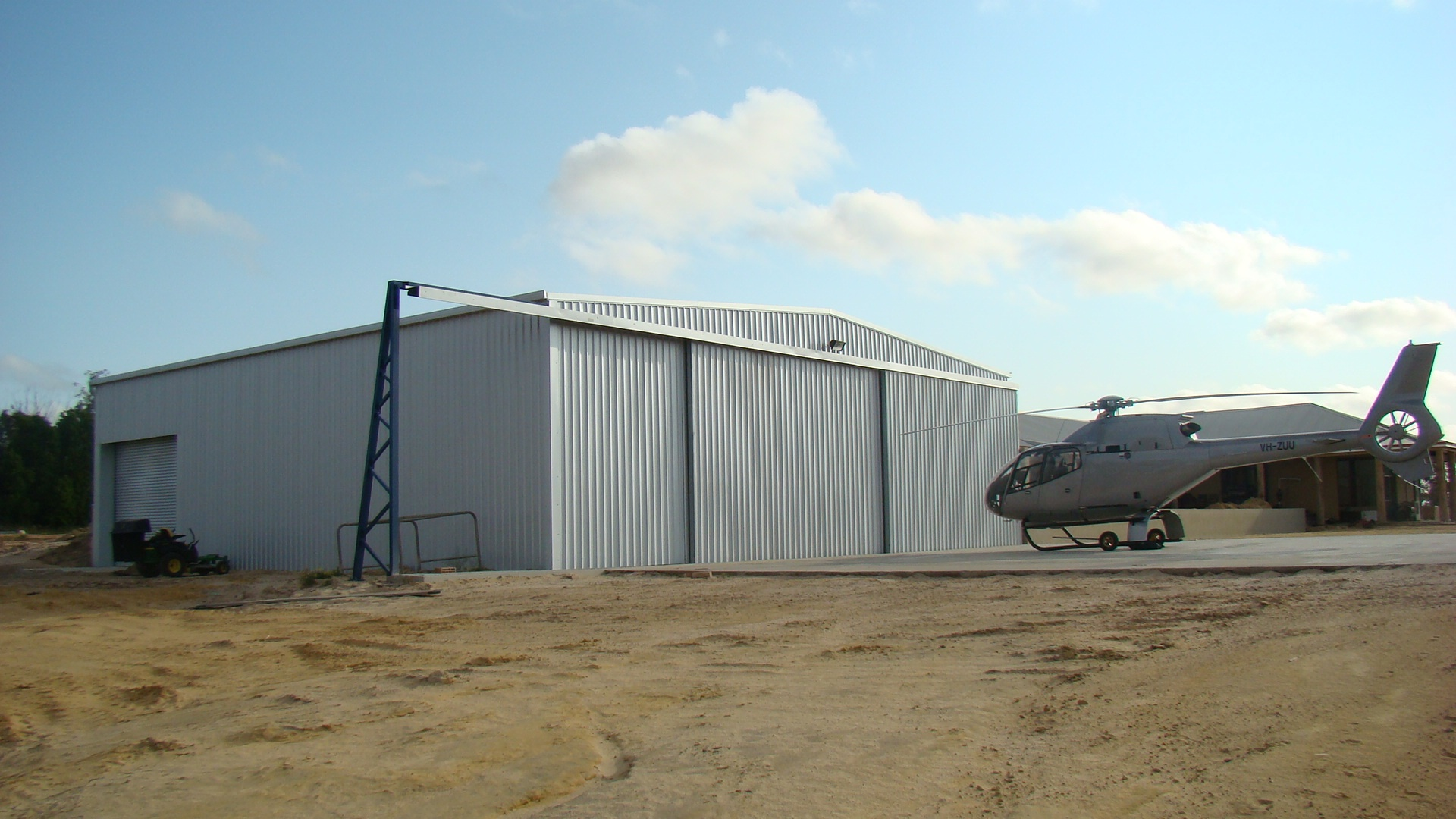 Fully Enclosed Aircraft Hangar Shed