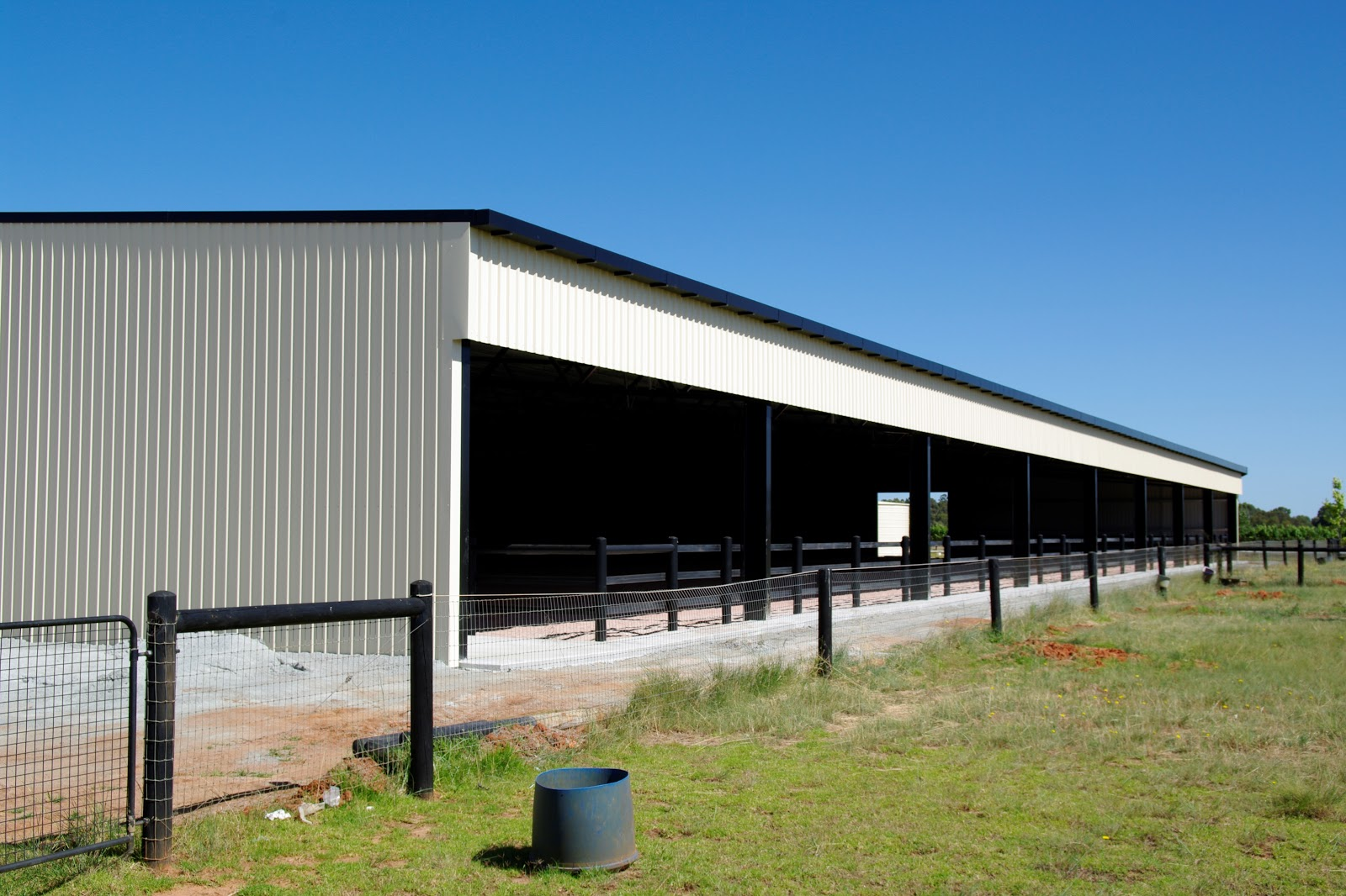 Open-Front-Equestrian-Arena-Shed